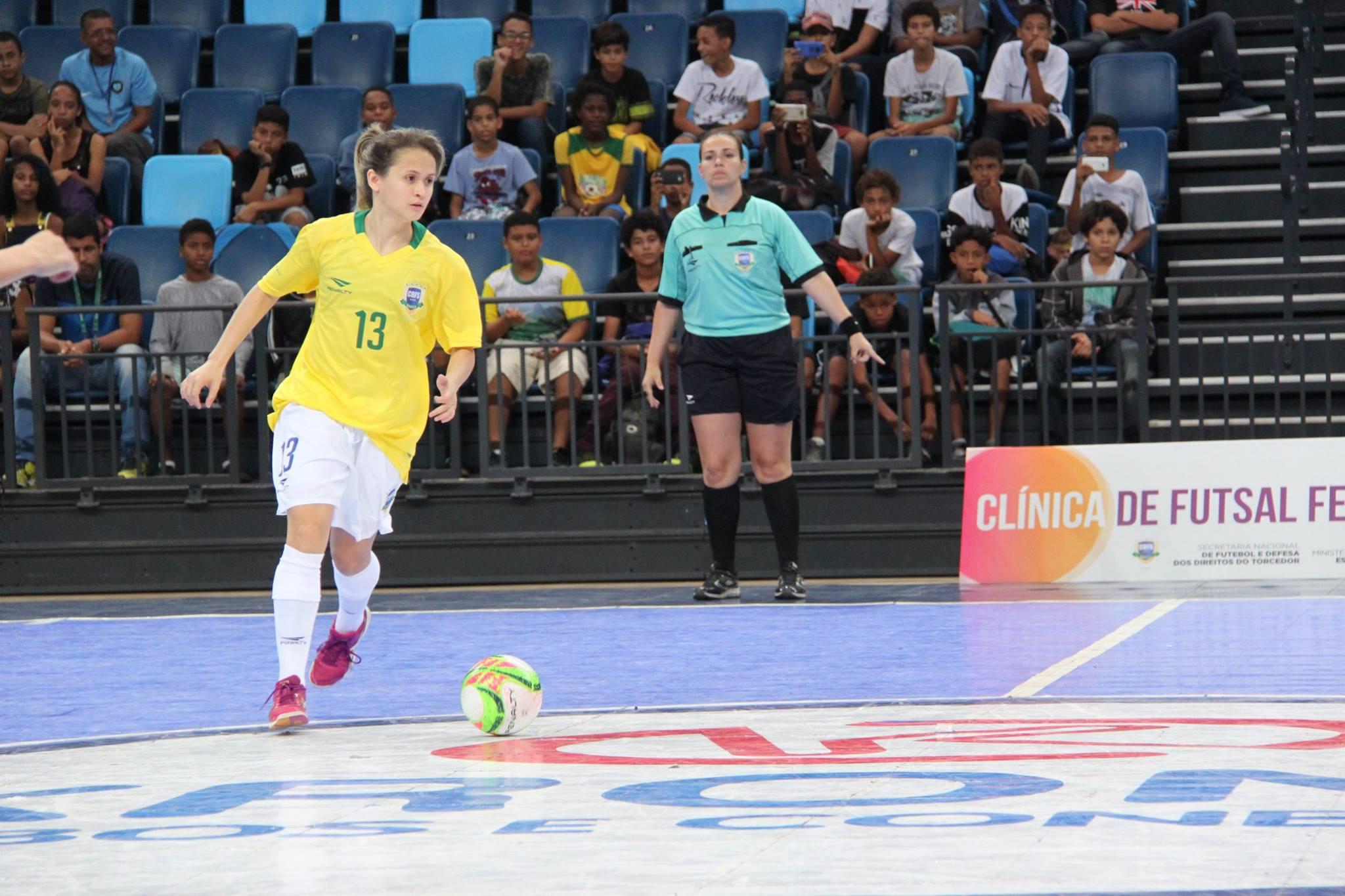 68b359cce7 Amandinha é eleita a melhor do mundo pela quarta vez pelo Futsal Planet