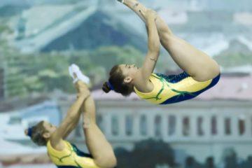 Alice Gomes e Camilla Gomes, durante qualificatória d