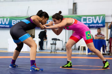 Giullia Penalber contra Karoline Santana