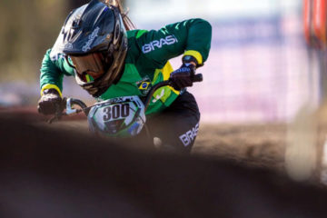 Júlia Alves disputa Copa América de Downhill