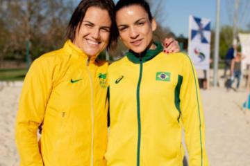 Camila Fama e Kamila Barbosa, conquistaram a prata em etapa mundial de Beach Wrestling